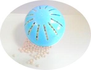洗剤不要の洗濯球 水の防人